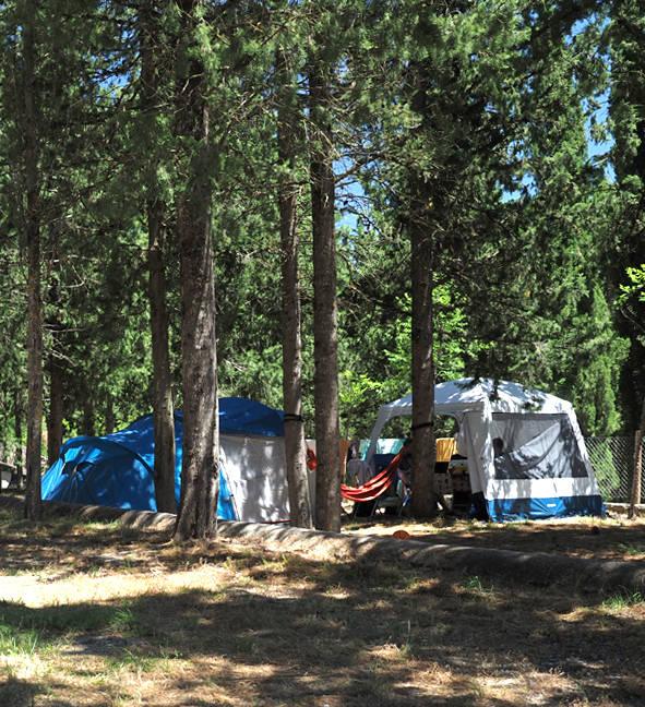 camping 1 de mayo morillo de tou